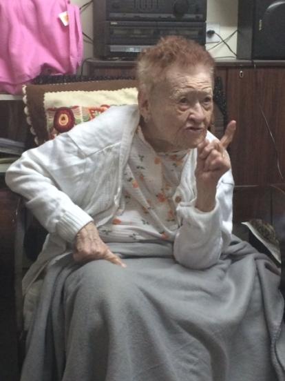 ביקור אצל רבקה וייס, ניצולת שואה שבשנים האחרונות מרותקת לביתה